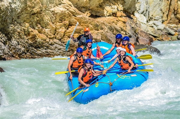 Take The Plunge With Hydra River Guides: Kicking Horse Stag and Stagettes